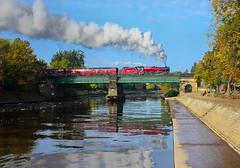 AW15-201 steam train 04-10-15 (big.al1946) Tags: york train unitedkingdom smoke sheffield yorkshire railway steam scarborough steamrailway steamtrain southyorkshire riverouse galatea 45699 alanweaver jubileeclassloco