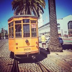 #embarcadero #streetcar #sf #sanfrancisco (chrisfoxdesign) Tags: sf sanfrancisco embarcadero streetcar uploaded:by=flickstagram instagram:venuename=sanfrancisco2ccalifornia instagram:venue=44961364 instagram:photo=10806058831564897132200853928