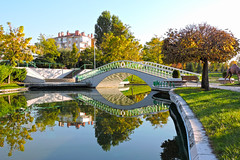 Ankara Harikalar Diyar Sonbahar (talipcetin) Tags: park autumn reflection tree nature water pool turkey trkiye su wonderland ankara manzara yansma havuz harikalardiyar sincan