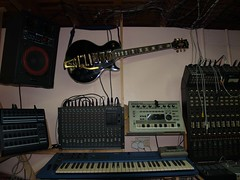 LP158659 (LoxPix2) Tags: boss music studio guitar fender synth roland korg yamaha emu gibson akai novation alesis kawai maudio behringer kurzweil teisco ensoniq tapco rogerlinn loxpix