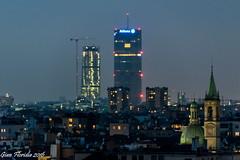 Milano di ieri e di oggi (Gian Floridia) Tags: citylife milano sgiorgioalpalazzo bluehour campanili chiese cupole grattacieli ieri notturno oggi torrehadid torreisozaki
