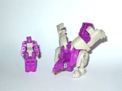 crashbash transformers generations titans return titan master hasbro 2016 a (tjparkside) Tags: crashbash transformers generations titans return titan master hasbro 2016 mosc decepticon decepticons transformer headmaster headmasters gun weapon cannon weapons g1 g one 1 generation monster vehicle mode modes