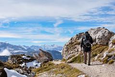 Einer der besten Tage aller Zeiten :) (thunderbird-72) Tags: autumn wanderer herbst alps wanderung berge dreizinnenrundweg automne alpen dolomites wandern sdtirol oktober weg italien dolomiten schnee outdoor alex