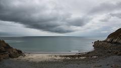 L'onda solitaria (jandmpianezzo) Tags: onda nuvole atlantico francia bretagne baia mare outdoor sea oceano paesaggio vacanze selvaggio cielo