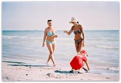 Beach sketches. Koblevo, Ukraine. (Ігор Кириловський) Tags: fujicolorindustrial100 beach koblevo ukraine slr fujica stx1 xfujinon ebc 50mm f16 film