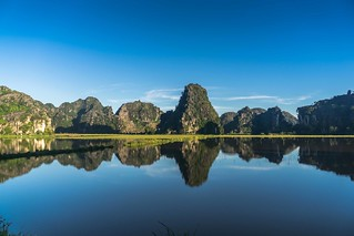 Ninh binh reflection