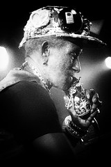 Lee 'Scratch' Perry | Norwich | 11 October, 2016 (Delay Tactics) Tags: jackson pipecock upsetter 2016 upsetters norwich lee scratch perry rainford hugh live gig concert performance tour band singer artist god legend reggae dub black white bw waterfront key union flag jack microphone mic mike hat cap lights