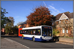 22841, Long Buckby (Jason 87030) Tags: longbuckby enviro e300 white stagecoach northants northamptonshire 96 rugby northampton highstreet autumn tree colour color autumnal roadside canon eos 50d 22841 midlands kx09bhk 2016 november coop