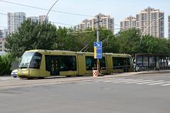 TEDA Modern Guided Rail Tram 006 (Howard_Pulling) Tags: tianjin tram trams strassenbahn china chinese howardpulling