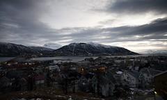 25 (Sergio Eschini) Tags: tromso viaggio travel norvegia normay snow december inverno winter crepuscolo natura landscape cielo sky sunset tramonto citta city mare fiordo fiord
