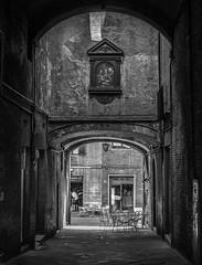 Untitled (FrancescoPalmisano) Tags: siena monochrome italy travel old oldtown italien monocromatico blackandwhite biancoenero italia tuscany toscana centrostorico