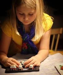 En stund med dottern och ett analogt spel  (magdalenasandberg) Tags: instagramapp square squareformat iphoneography uploaded:by=instagram analogt fotosndag fotosondag fs161113