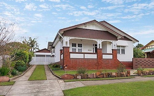 32 Elizabeth Street, Telarah NSW 2320