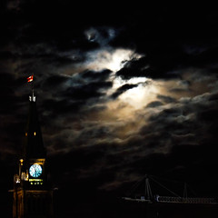 Eclipsing the View of Parliament (Derrick.Midwinter) Tags: supermoon moon canada ontario ottawa parliament parliamenthill night