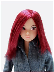 Crimson (yoshi_lapoo) Tags: momoko doll petworks pw sekiguchi 02pl coolface kitty