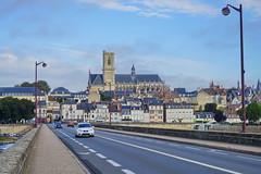 Nevers 16.9.2016 4042 (orangevolvobusdriver4u) Tags: nevers rn7 route national 7 routenational7 routebleue 2016 archiv2016 france frankreich n7 kirche church