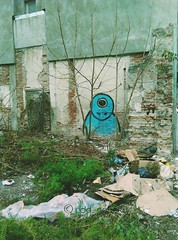 2016-11-25_07-30-32 (cod_gabriel) Tags: speedsurfer huaweiascend huawei speedsurfertelekom grafitti streetart bucharest bucuresti bucureti bukarest boekarest bucarest bucareste romania