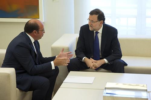 El presidente Rajoy recibe al presidente de la Comunidad autónoma de Murcia (02/09/2015)