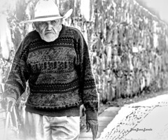 Anciano (josejuanzavala) Tags: portrait people man mexico gente retrato oldman elderly anciano michoacan ancianos ltytr1