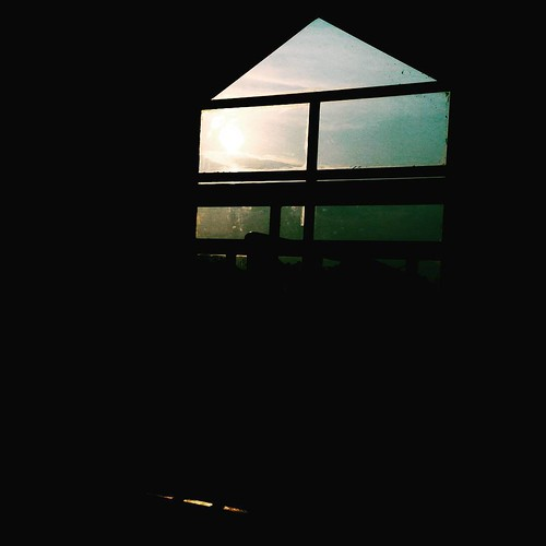 @nois7 #100DaysOfZen #ZenFone #vsco #zahariharis #sunrise