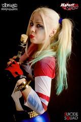 IMG_7347 (Neil Keogh Photography) Tags: blue red white black girl gold belt gun boots cosplay top trainers gloves goodnight bracelets dccomics pigtails spikes harleyquinn hotpants baseballbat studioshoot fishnettights suicidesquad borderfx modelnataliemiddlehurst