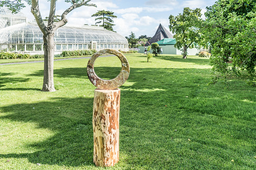 SCULPTURE IN CONTEXT 2015 AT THE NATIONAL BOTANIC GARDENS [UNOFFICIAL PREVIEW] REF-107344