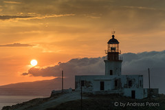 DSC01421_s (AndiP66) Tags: sunset lighthouse juni sonnenuntergang view sony hellas greece alpha aussicht tamron griechenland cyclades mykonos leuchtturm faros ellada 2015 armenistis kykladen sonyalpha andreaspeters 18270mm 77m2 a77ii ilca77m2 77ii 77markii slta77ii
