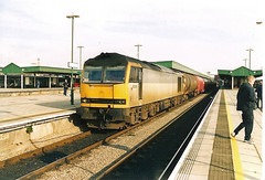 60095 Cardiff Central (British Rail 1980s and 1990s) Tags: station railfreight train rail railway loco locomotive br britishrail diesel 60 class60 00s 2000s cardiffcentral 60095 colas livery gwml greatwesternmainline wr westernregion mainline trains noughties liveried traction railways