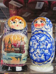 IMG_6583 (rufusowliebat) Tags: newyork brooklyn russia brightonbeach firstdayofspring matroyshka russiannestingdolls russianmerchandise