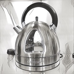 CP - 041 kettle (Clare Pickett) Tags: kettle silver hot