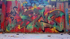 Oldenburg - (street: Melkbrink) 79th picture / Graffiti, street art (tusuwe.groeber) Tags: projekt project lovelycity graffiti germany deutschland lowersaxony oldenburg city streetart niedersachsen farbig farben favorit colourful colour sony sonyphotographing nex7 bunt red rot art gebäude building gelb grün green yellow konzept concept wall wand halloffame wandgestaltung lager lagerhalle hall halle melkbrink