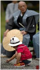 Kid at the Jidai festival, Kyoto (Damien Douxchamps) Tags: japan 日本 japon kansai 関西 kinki 近畿 kyoto 京都 中京 下京 上京 central imperialgarden 京都御苑 時代祭 jidai festival matsuri