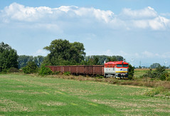 "751.195-9 (""SAPPHIRE"") Tags: outdoor hill landscape rail road railroad locomotive maina vlak train 7511959 751195 751 mn diesel 88801 slovakia vehicle cecaa ceckaa bardotka zamraen grumpy"