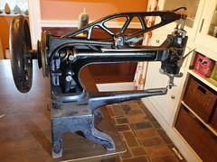 1895 Singer 29-series sewing machine - rear view (joshua_putnam) Tags: singer cobbler stitcher leather patcher 294 291 29k ufa sewing machine boot