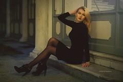 Jessica P. (vince_enzo) Tags: black vestito nero totalblack blonde bionda canon eos 6d tacchi calze collant bella jessica