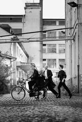 La vitesse (graigue | http://www.graigue.com) Tags: graigue strasbourg alsace france classique classical ops orchestrephilharmoniquedestrasbourg chambermusic bike velo lebeauvloderavel urbex coop portdurhin clarinette performance performer mouvement monochrome musician