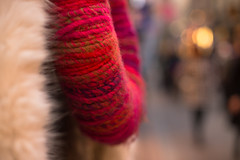 48/52 Cold cityscape (Nathalie Le Bris) Tags: cold frio lana wool stockholm blur dof bokeh 7dwf