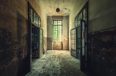 IMG_1056_-1 (Nils Grudzielski) Tags: lost urbanexploration marode manicomio psychiatrie old decay ruin rotten derelict forgotten verlasseneorte abandoned urbex