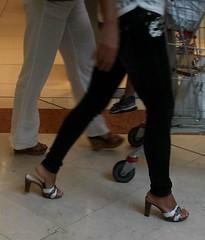 Street feet (324) (I Love Feet & Shoes) Tags: street sexy feet stockings pie shoes highheels sandals tights lingerie heels ps huf hoof bas pieds mules pantyhose schuhe casco piedi meias medias scarpe sandalias chaussures sapatos sandlias zapatillas sandalen  sandales  sabot sandali  strmpfe    calcanhares  fse