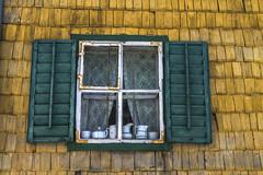 Austria - Kitzbhel (robdeheer) Tags: alps window architecture canon austria oostenrijk sterreich outdoor alpen architectuur woodenhouses canon7d