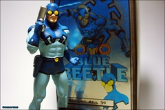 Blue Beetle (Gui Lopes BH) Tags: blue azul comics toys justice dc action beetle statues super collection hero figurine figures league besouro miniaturas coleo eaglemoss guilopesbh