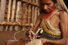 Kosua Woman Weaving Bilum Bag