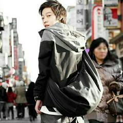กระเป๋าหนัง สะพายไหล่ แฟชั่นเกาหลี ราคา 790 บาท  สินค้าพรีออเดอร์ รหัส BAG004 ไม่มีวันปิดรอบ สั่งซื้อได้ทุกวัน รอสินค้า 15-20 วัน ดู Size ได้ที่ http://www.kjfashionstyle.com/product/2990  ค่าจัดส่งสินค้า ลงทะเบียน ตัวแรก 30 ตัวถัดไปเพิ่ม 10 บาท แบบ EMS ต