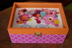 Caixa Botões (Kika 2002) Tags: wood colorful box bottom flor artesanato craft botão caixa cor madeira mdf colorida flowe caixinha botões