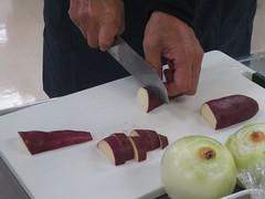 さつま芋は皮ごと使います