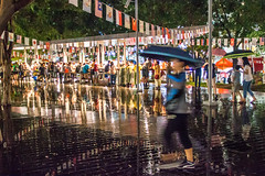 rainy night (小莊4) Tags: rian walk canon 500d sigma 1770 taichung taiwan 誠品 jazz music season umbrella people street photography night road 台灣 台中