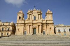 Noto (domenico.coppede) Tags: sicilia agrigento templi noto armerina napoli selinunte segesta erice concordia ortigia siracusa cefal vulcano etna
