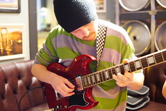 09 Nov 2016 Hop Merchant(238) (AJ Yakstrangler) Tags: yakstrangler livemusic hopmerchant ital band3hop hopefiends
