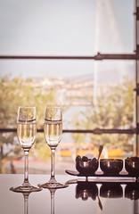 Champagne (Pierrot Tuvache) Tags: champagne jetdeau geneva genve grandhotelkempinskigeneva kempinski lake lac