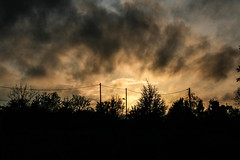 (C-47) Tags: paris skyline shadows sky clouds colors park woods streets silhouette sunset dark light canon eos 400d 18200mm